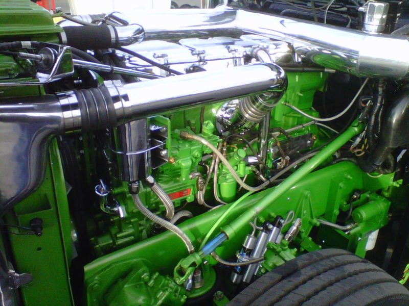 SERVICE Custom CAT engine (1)